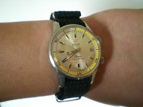 Enicar Sherpa Diver: Super Divette yellow and white inner bezel
