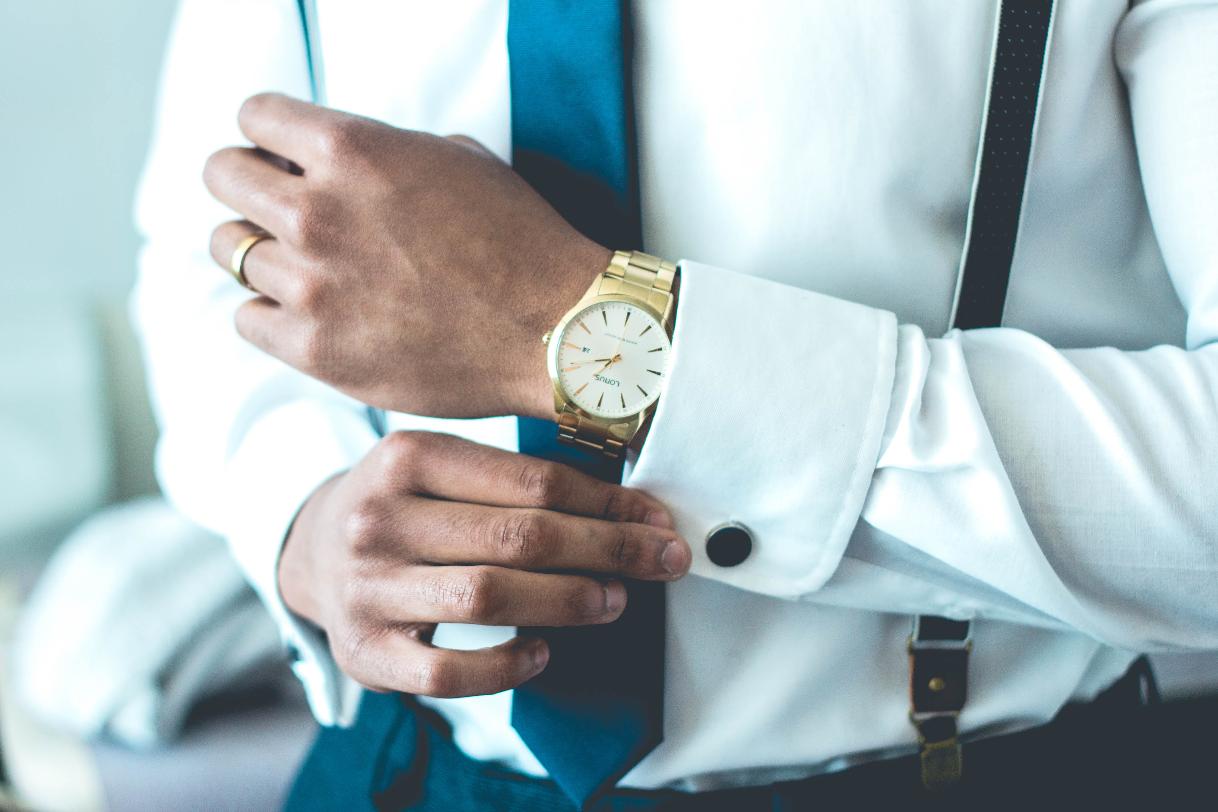 10 Best Watches for Professionals 2020 (Review)